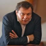 Акции крупнейшего производителя водки в России подешевели в 125 раз