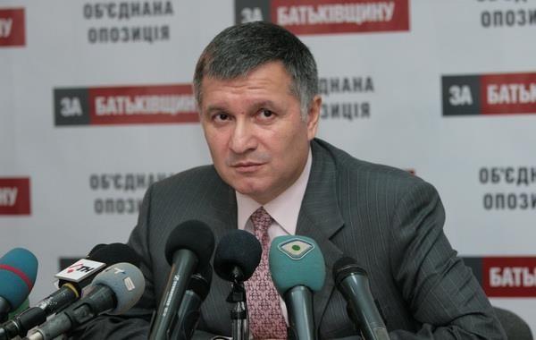 Аваков: в Славянске уже орудует чеченский спецназ