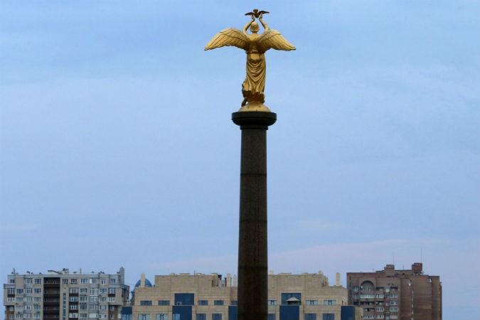 Новороссийская стрела и раненый кабан в зарослях укропа
