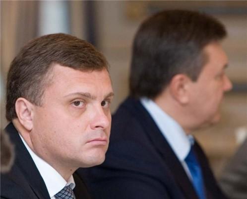Серый кардинал Украины устраняет свидетелей и... переходит на сторону Кремля