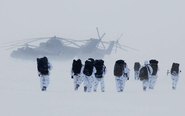 Военные начали заселять Арктику
