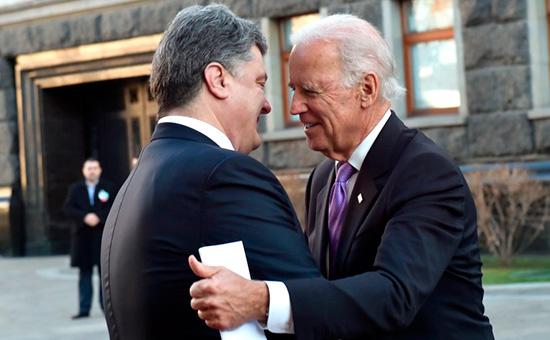 Хоть кол на голове теши: Байден угрожает России изоляцией
