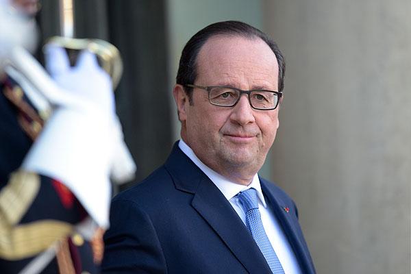Марин Ле Пен снова это сделала с Олландом