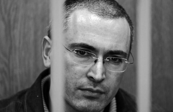 Ходорковский готов возглавить переходное правительство после смещения Владимира Путина