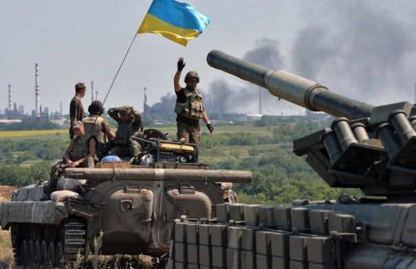 Хунта готовится к наступлению в Новороссии