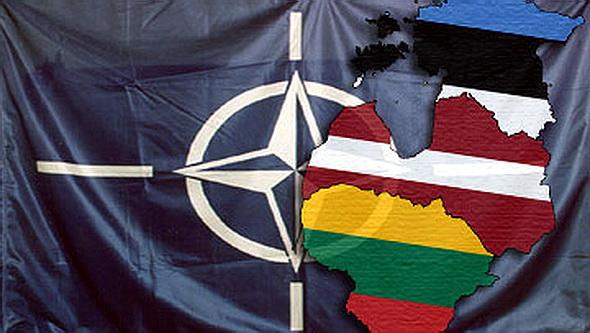 Страны Балтии стали абсолютными вассалами НАТО