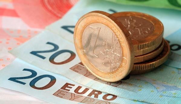 Почему обвалились валюты стран СНГ?