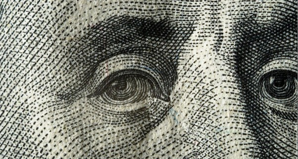 Сильный доллар подрывает позиции компаний США