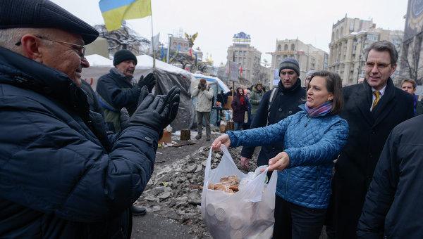 "Конфликт на Украине – ""семейный бизнес"" Нуланд и Кагана"