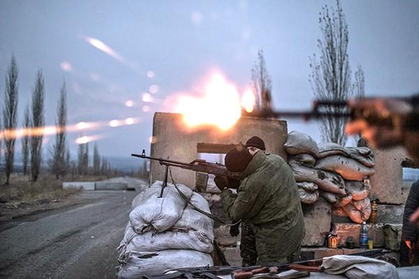 Каратели бесчинствуют в Славянске, раскол в Айдаре, Стрелков верит в скорую войну