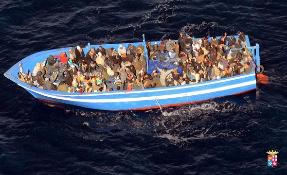 Нелегальная миграция в Европе: выбором между пулеметом и Мечетью Парижской Богоматери