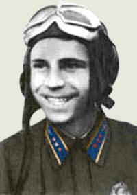 Старший лейтенант Ковзан в 1942 г.