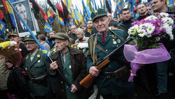 Львовский депутат сорвал с пенсионера георгиевскую ленточку