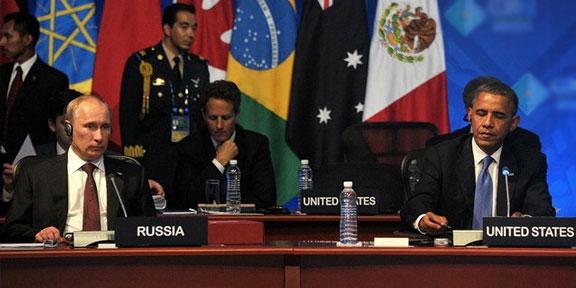 Западные политики и эксперты против холодной войны с Россией
