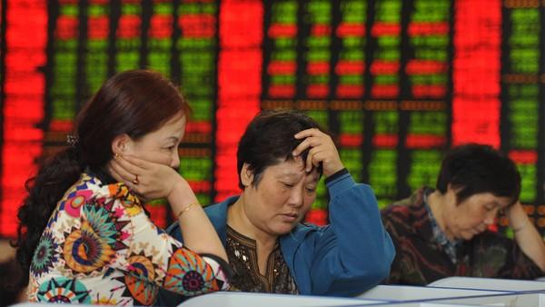 Китай тушит фондовый пожар и смотрит в бездну