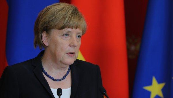 """Politico: Ангела Меркель """"промотала"""" шанс стать лидером Европы"""