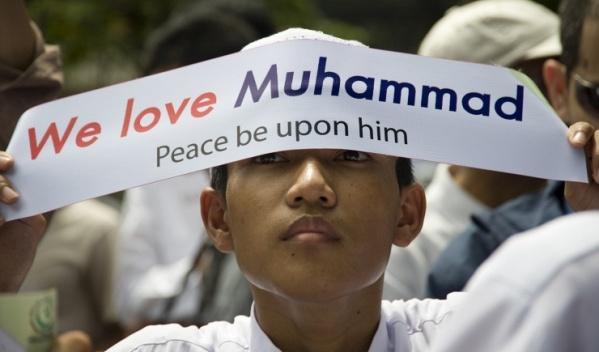 Мусульмане США требуют извинений у одного из участников президентских выборов