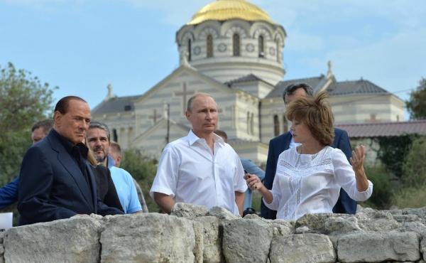 Киев в гневе: Берлускони признал Крым российским