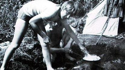 Старшая дочь пастора Ангела Казнер в кемпинге в 1973 г.