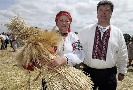 Чудеса от Порошенко: Рекордные урожаи зерновых приведут к подорожанию хлеба