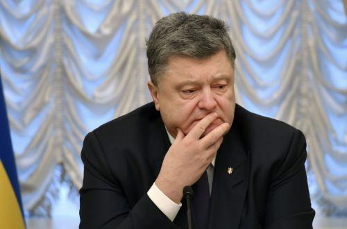 """""""Выходит, мы заложники?.."""" Киевские студенты пытают Порошенко"""