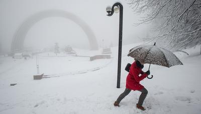 Украину накрыл коммунальный коллапс: «Шатун» пришел со снегопадом