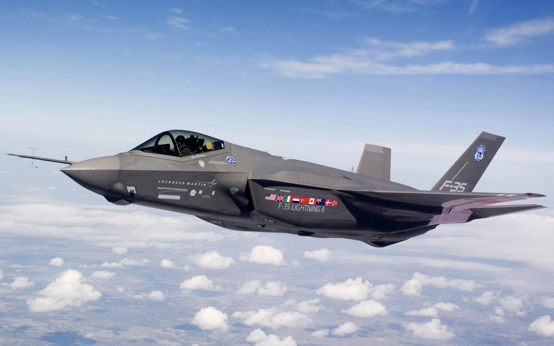 Истребитель F-35 оказался непригоден для ближнего боя