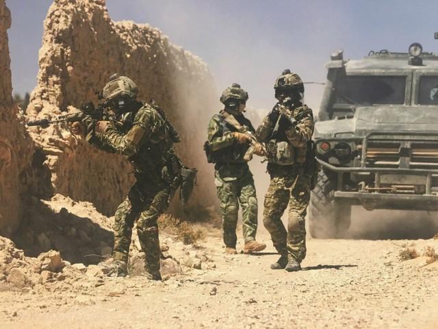 16 спецназовцев против 300 боевиков: подробности боя в сирийской пустыне