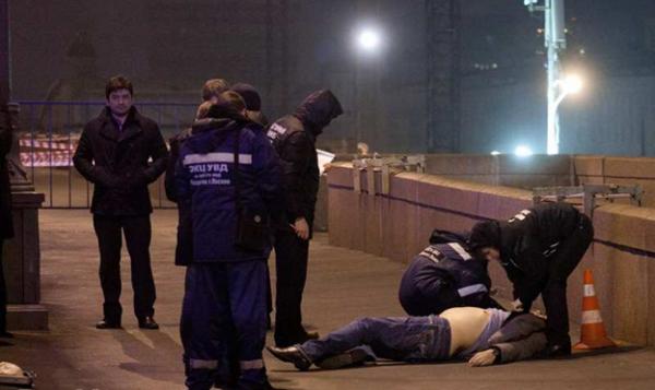 Фото с места убийства Бориса Немцова.