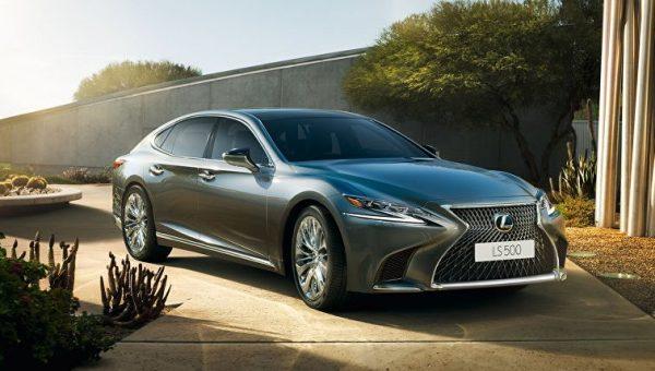 Автомобиль Lexus LS
