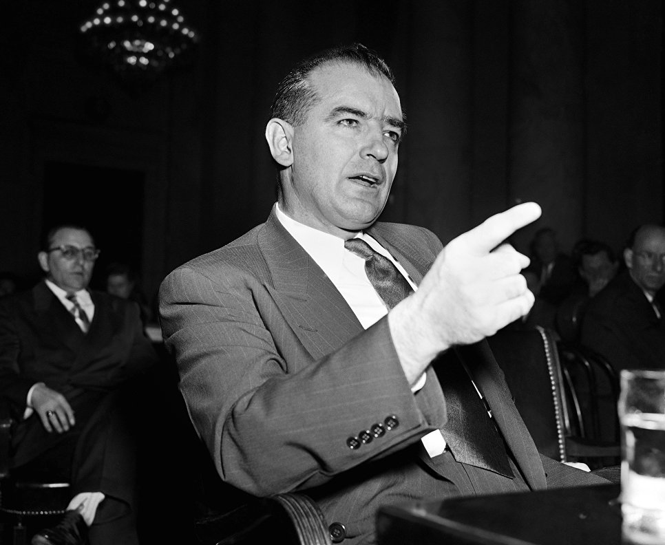 Сенатор Джозеф Маккарти. 1950