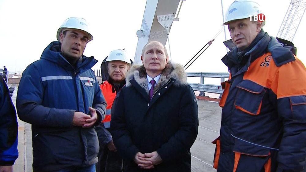 Крымский мост: как мегапроект Владимира Путина должен изменить жизнь юга России