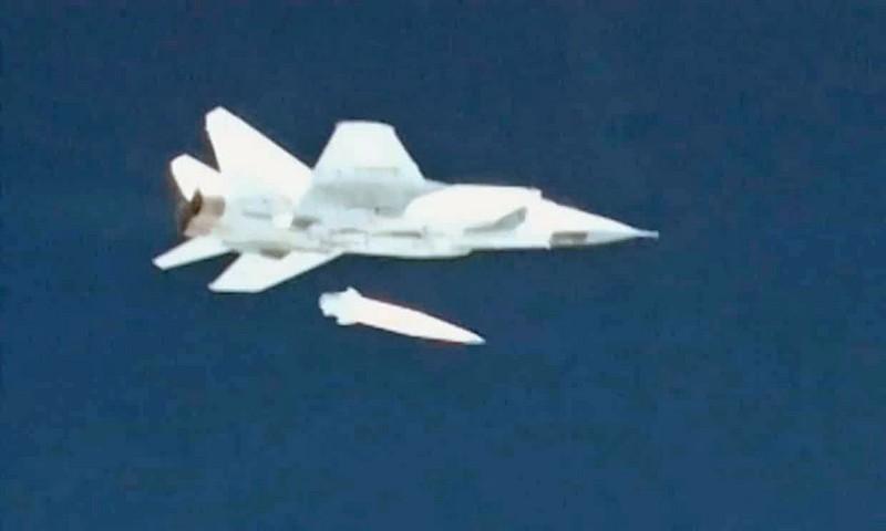 Запуск «Кинжала» с МиГ-31.