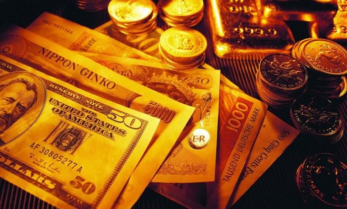 Россия покидает долларовую зону и активно скупает золото