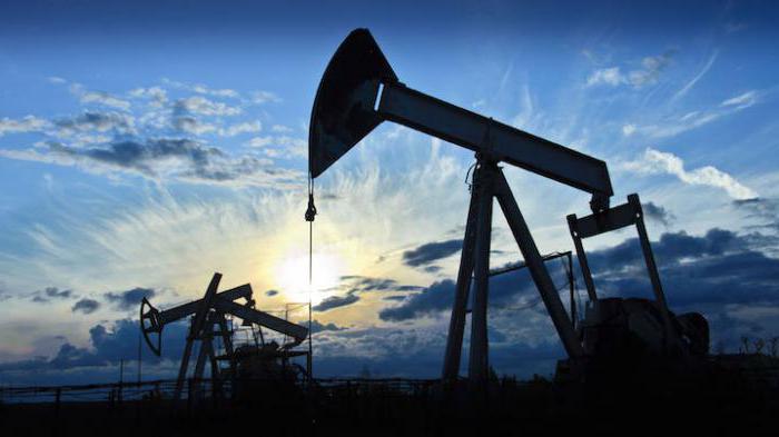 Почему рубль активно укрепляется, а нефть может сильно подешеветь