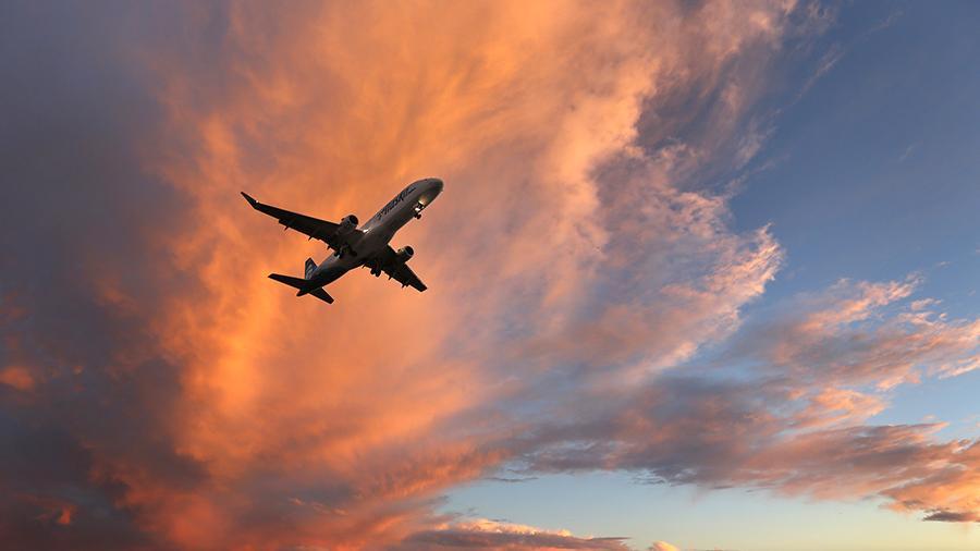 Россия начнет сбивать пассажирские самолеты при нарушении границ