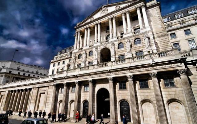 Банк Англии не собирается возвращать Венесуэле золото на $1.2 млрд
