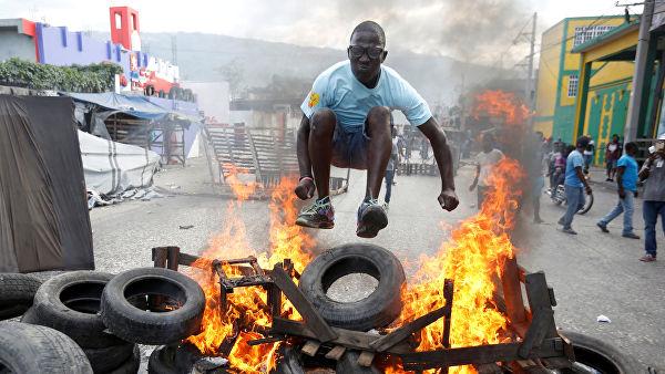 Почему США молчат о государственном перевороте и бойне на Гаити?