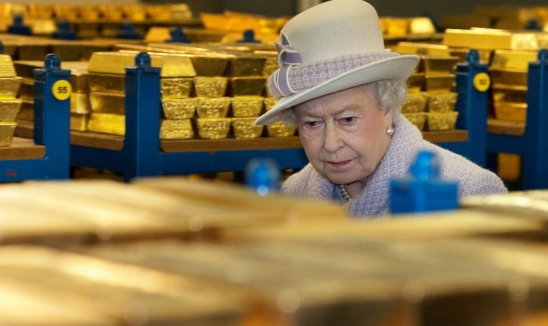 """Банк Англии вновь в центре """"золотого"""" скандала"""