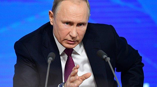 Владимир Путина удивила реакция Киева на упрощение выдачи паспортов жителям Донбасса