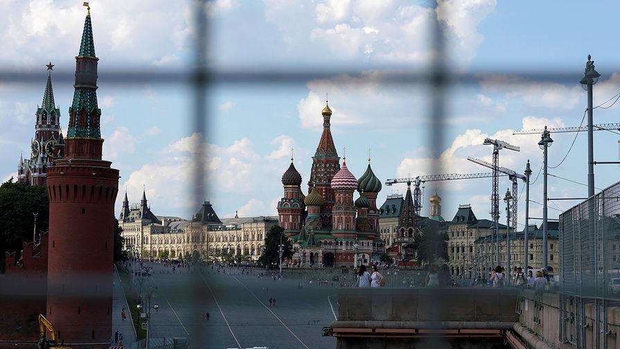 Мартовский курс рубля упирается в санкционный законопроект DASKA