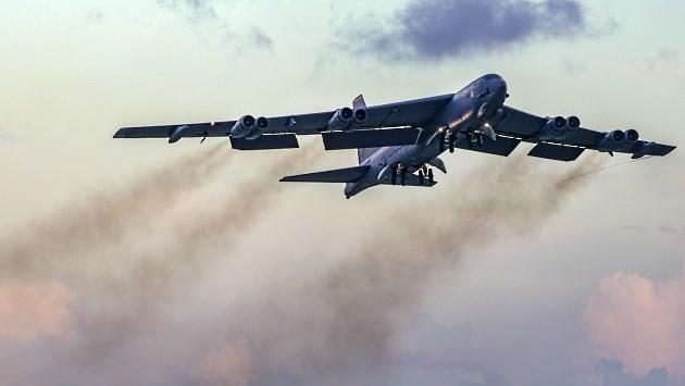 Американские B-52 Stratofortress хотят познакомиться с российскими С-400