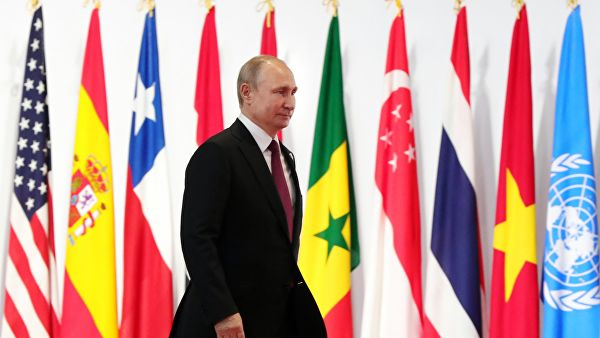 Похороны вместо саммита: Владимир Путин преподносит сюрприз