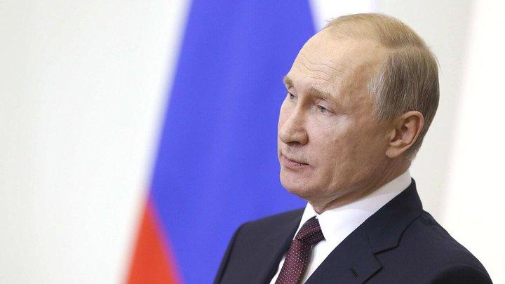 Владимир Путин в интервью Стоуну рассказал о разговорах с Януковичем про Майдан