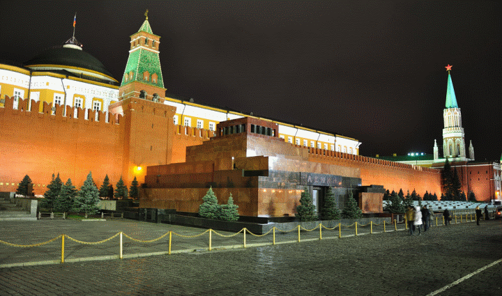 Мавзолей на Красной площади: десять причин навсегда распрощаться с культом Ленина