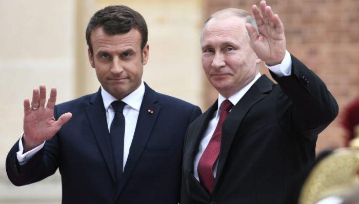 Эммануэль Макрон и Владимир Путин/ Фото: EPA
