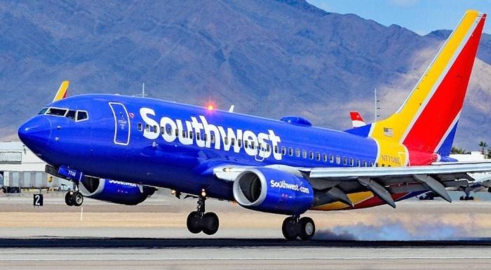 Коронавирус «атаковал» американские авиакомпании. Dow Jones теряет направление