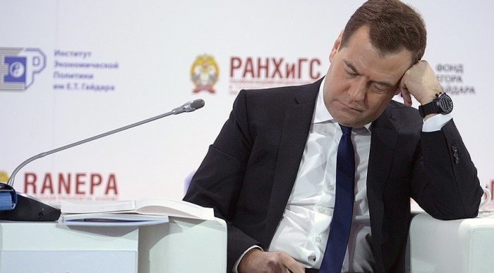 Доброе утро, страна. Медведев проснулся и узнал о нефтяном сговоре