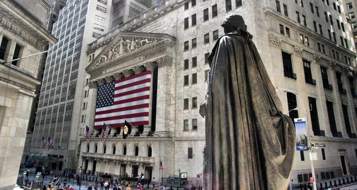 Dow Jones понравилось решение ФРС. Слушания в Конгрессе не помеха для Apple, Amazon, Alphabet и Facebook