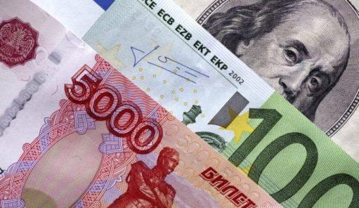 Рубль в коме из-за хронической непереносимости оппозиций